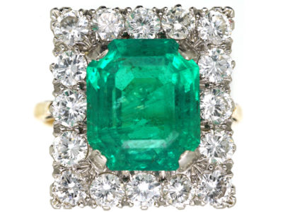 Large 18ct Gold, Emerald & Diamond Rectangular Ring