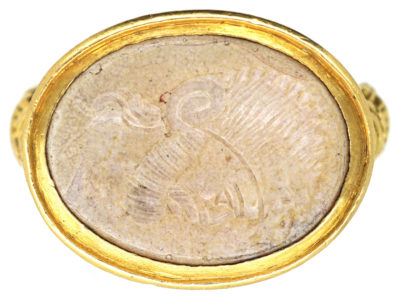 Georgian 18ct Gold Ring with Intaglio of Centurion's Head