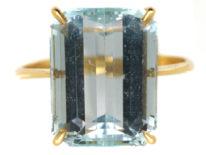 18ct Gold & Rectangular Aquamarine Ring