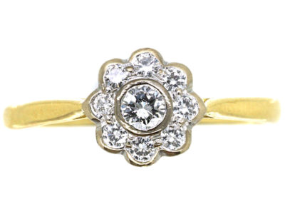 18ct Gold & Diamond Small Cluster Ring