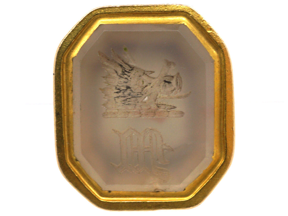 Victorian 15ct Gold Cased Seal with Chalcedony Base Intaglio of a Boar's Head