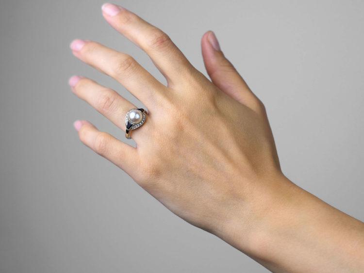 Art Deco 18ct White Gold, Onyx, Pearl & Diamond Ring