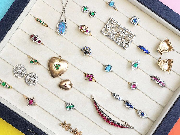 What's the Difference Between Antique and Vintage Jewellery?