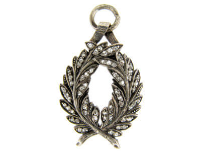 Antique jewellery laurel leaves
