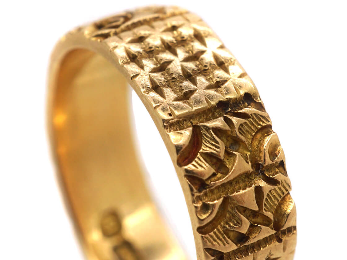 Victorian 18ct Gold Decorated Wedding Band