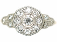 Edwardian 18ct Gold & Platinum Diamond Cluster Ring with Stepped Shoulders