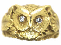 14ct Gold Ring of an Owl with Diamond Eyes with Oak Leaf Shoulders