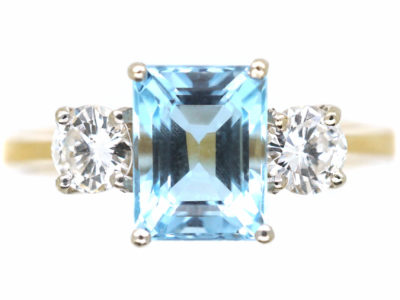 18ct Gold Rectangular Cut Aquamarine & Diamond Ring
