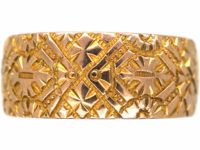 Victorian 9ct Gold Wide Wedding Band with Incised Detail