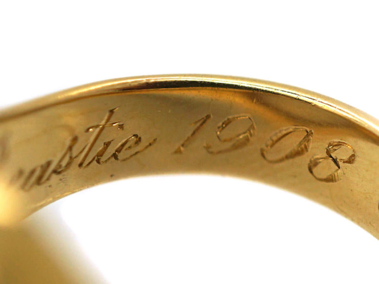 Edwardian 18ct Gold Signet Ring with Onyx Intaglio of a Rearing Horse with Flag