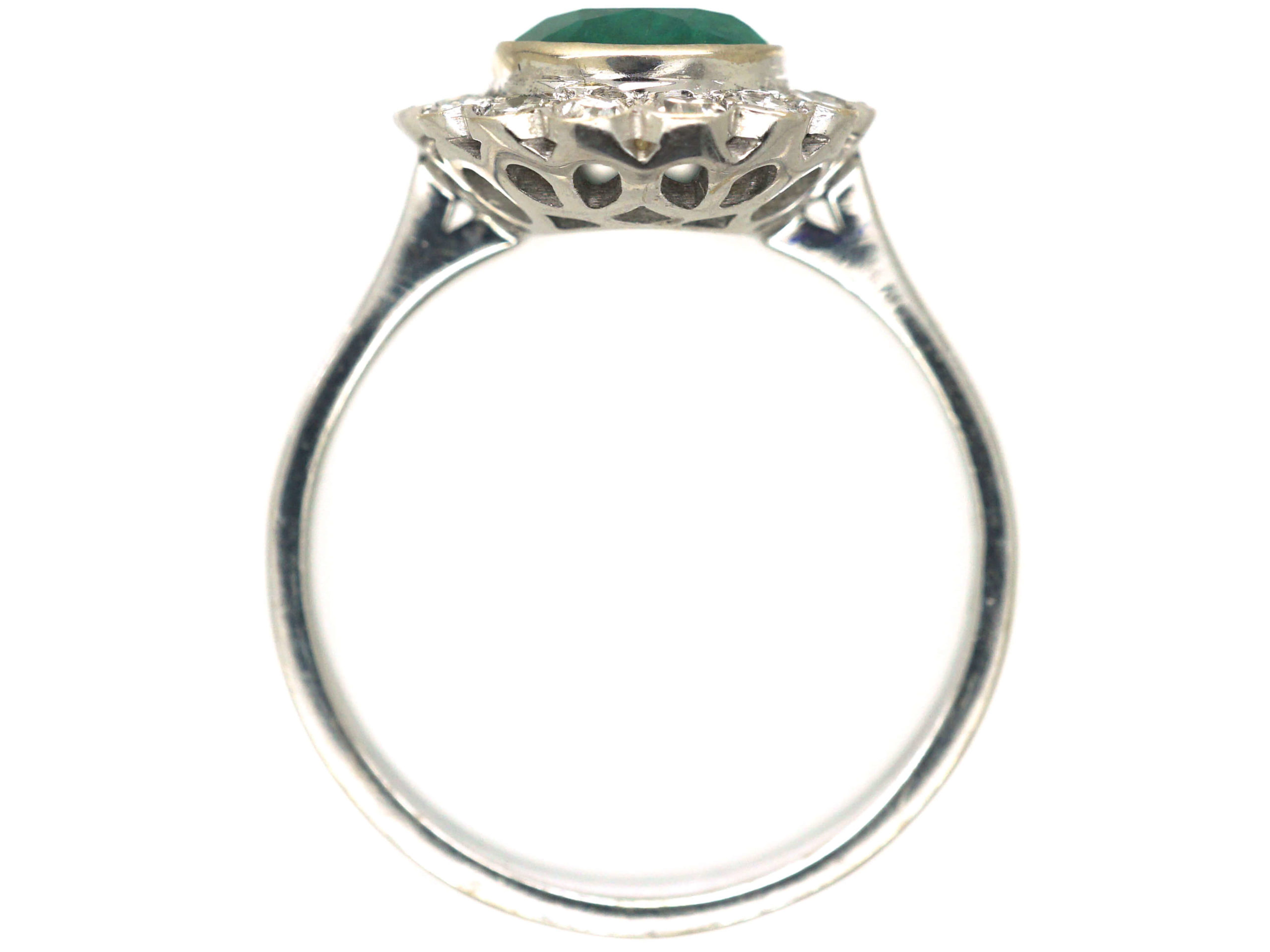 18ct White Gold Emerald & Diamond Oval Shaped Ring