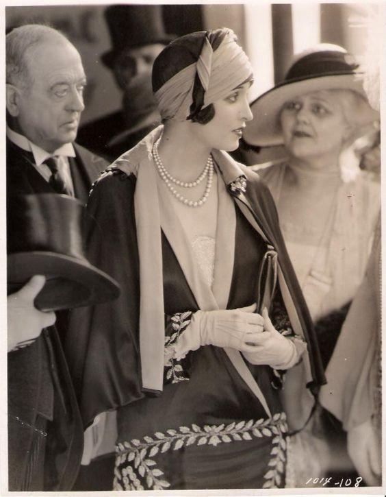Graceful Art Deco lady