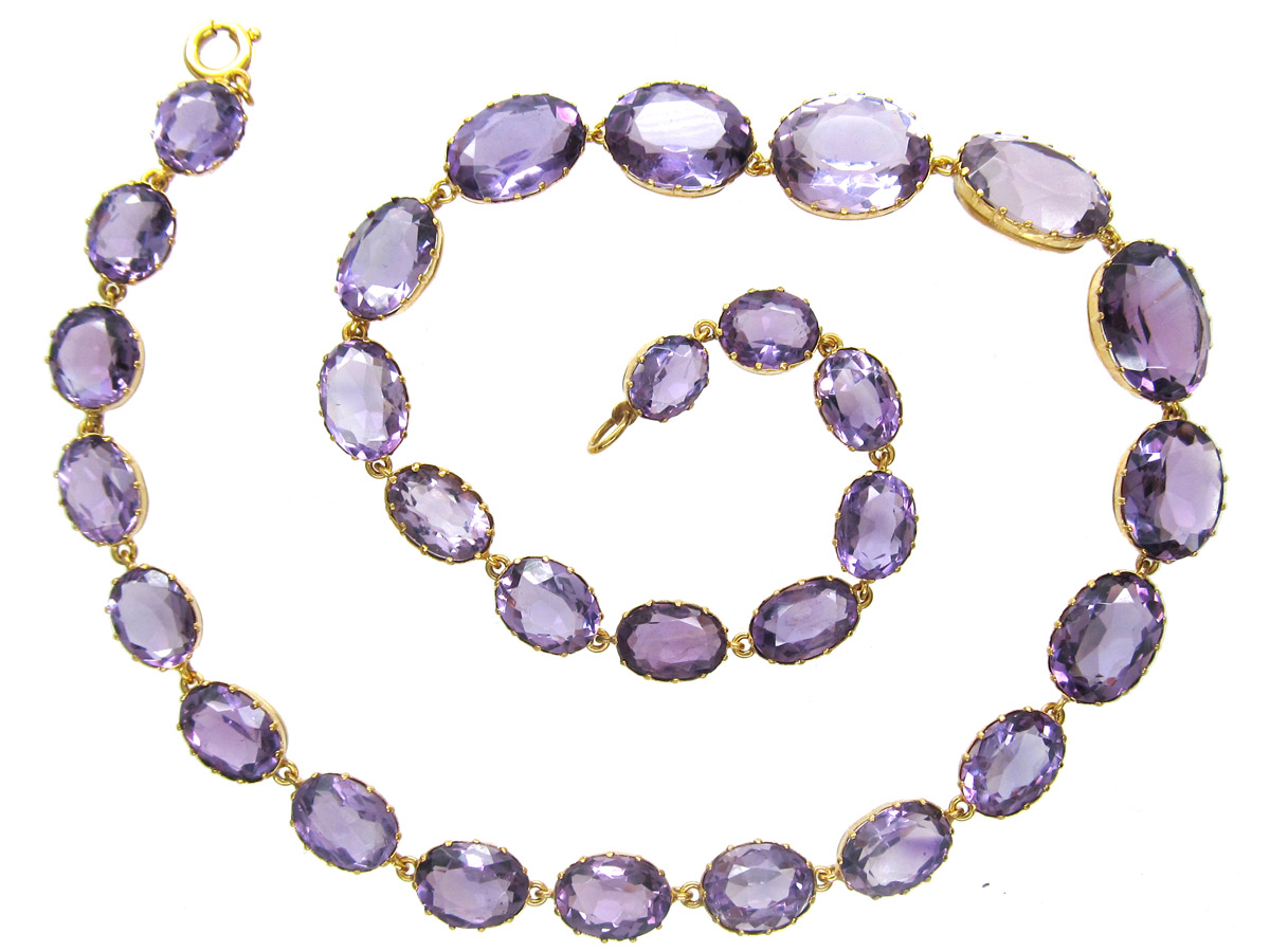 A Regency 15ct Gold Amethyst Necklace
