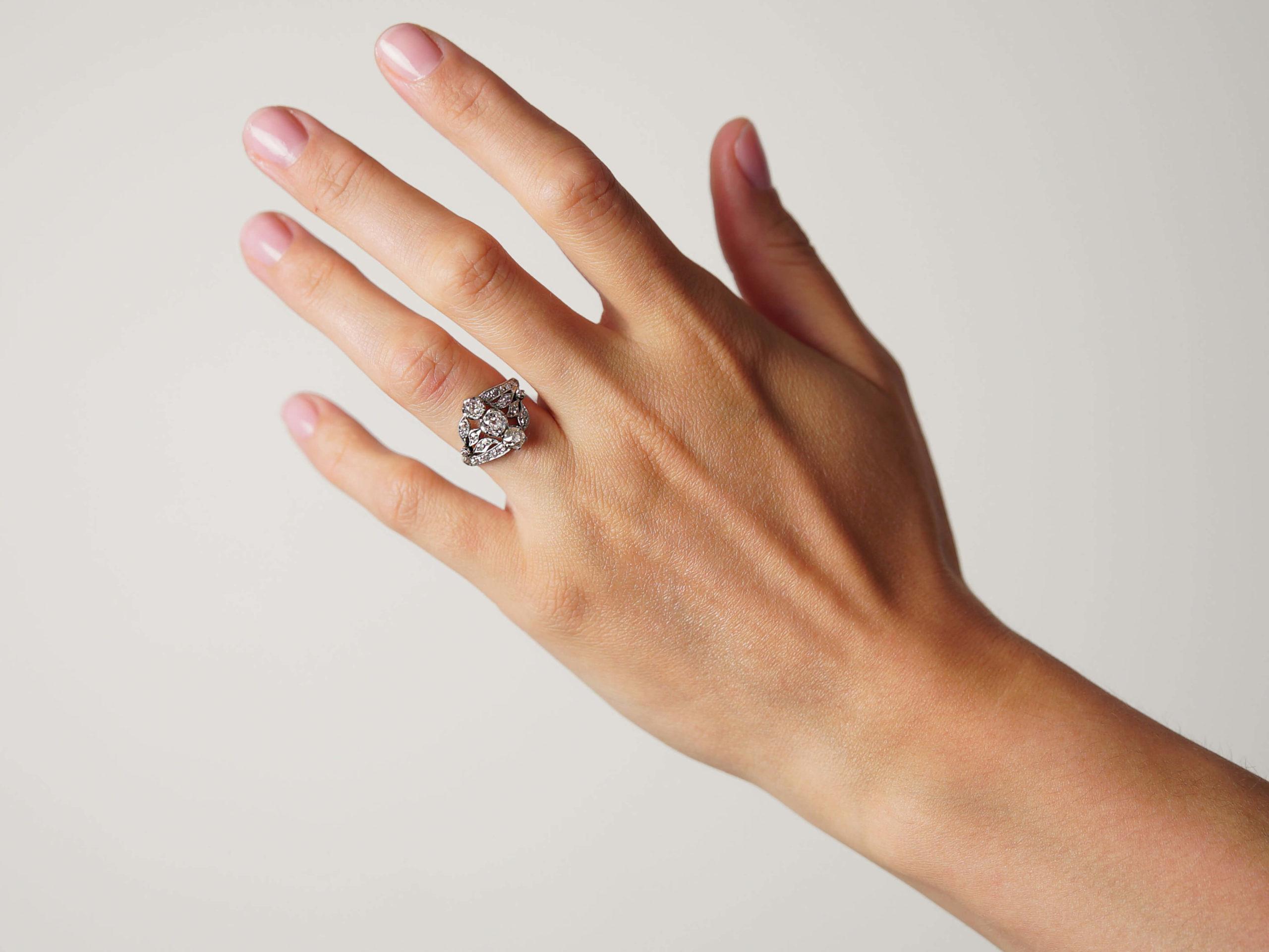 Belle Epoque 18ct Gold & Platinum Diamond Three Stone Ring with Leaf Shoulders