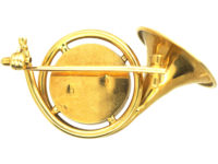 Edwardian 18ct Gold Hunting Brooch with Reverse Intaglio Crystal of a Horse's Head