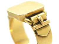 Victorian 18ct Signet Ring with Buckle Detail