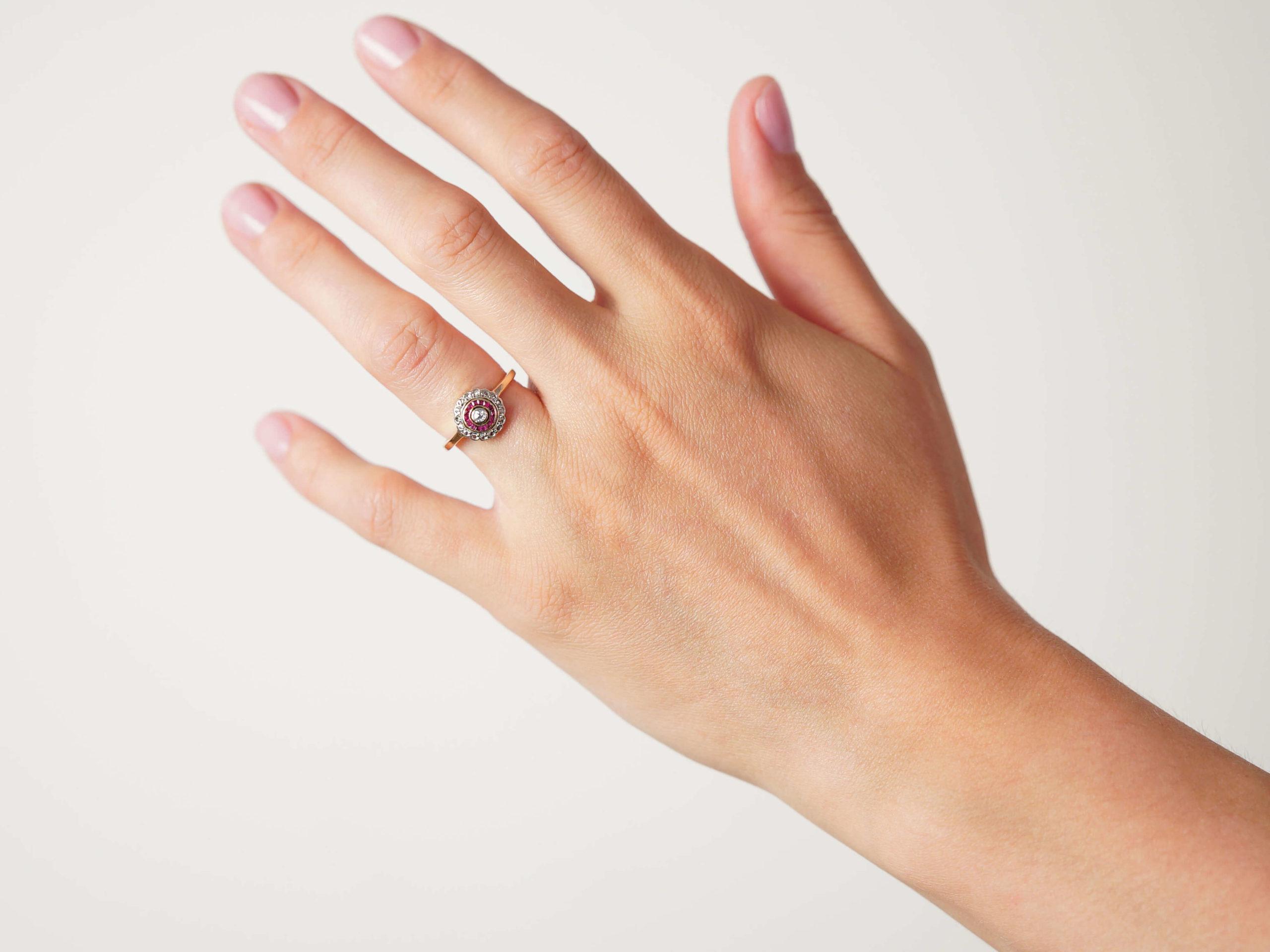Art Deco 18ct Gold & Platinum, Diamond & Ruby Target Ring