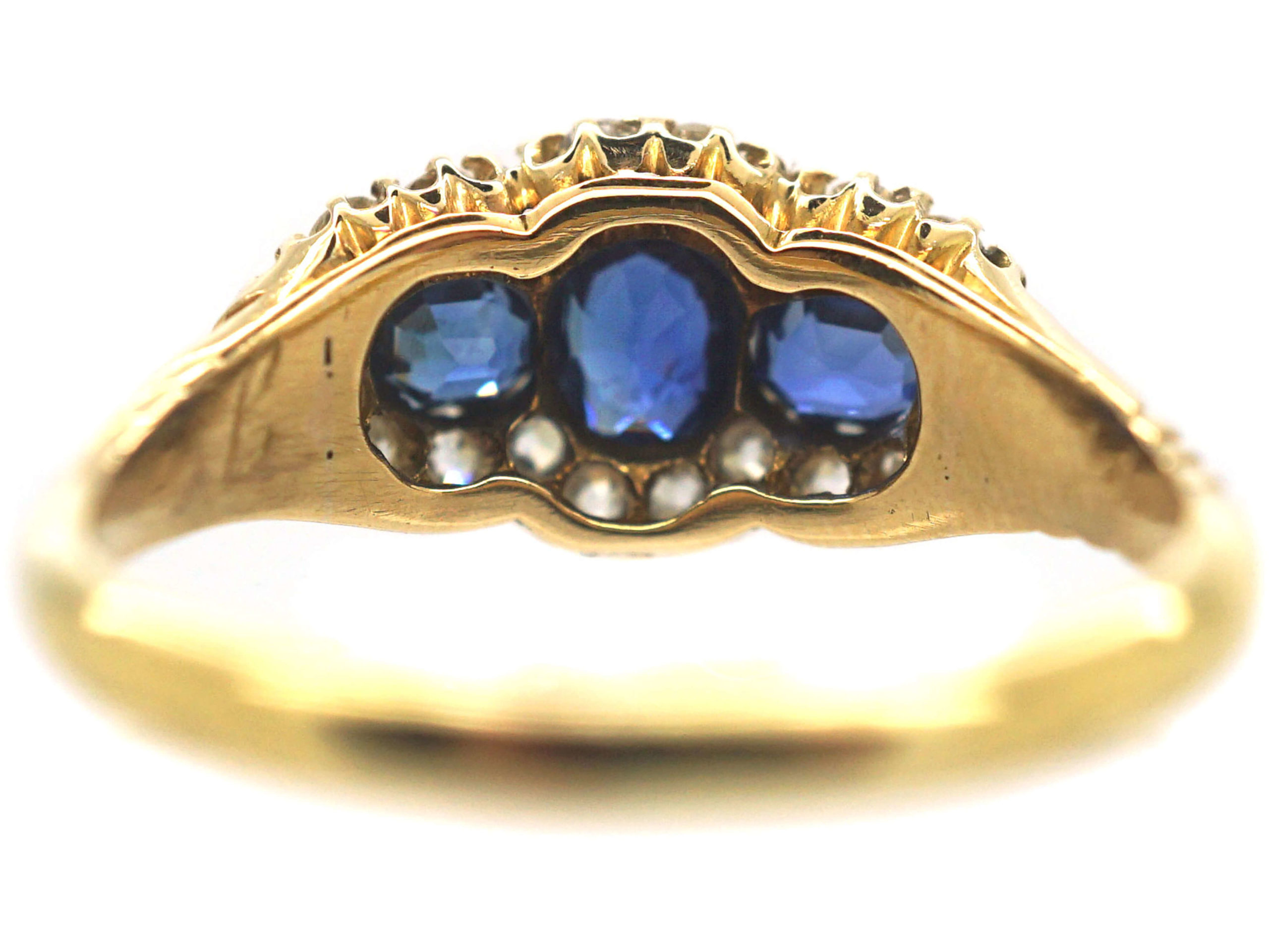 Edwardian 18ct Gold Three Stone Sapphire & Diamond Cluster Ring