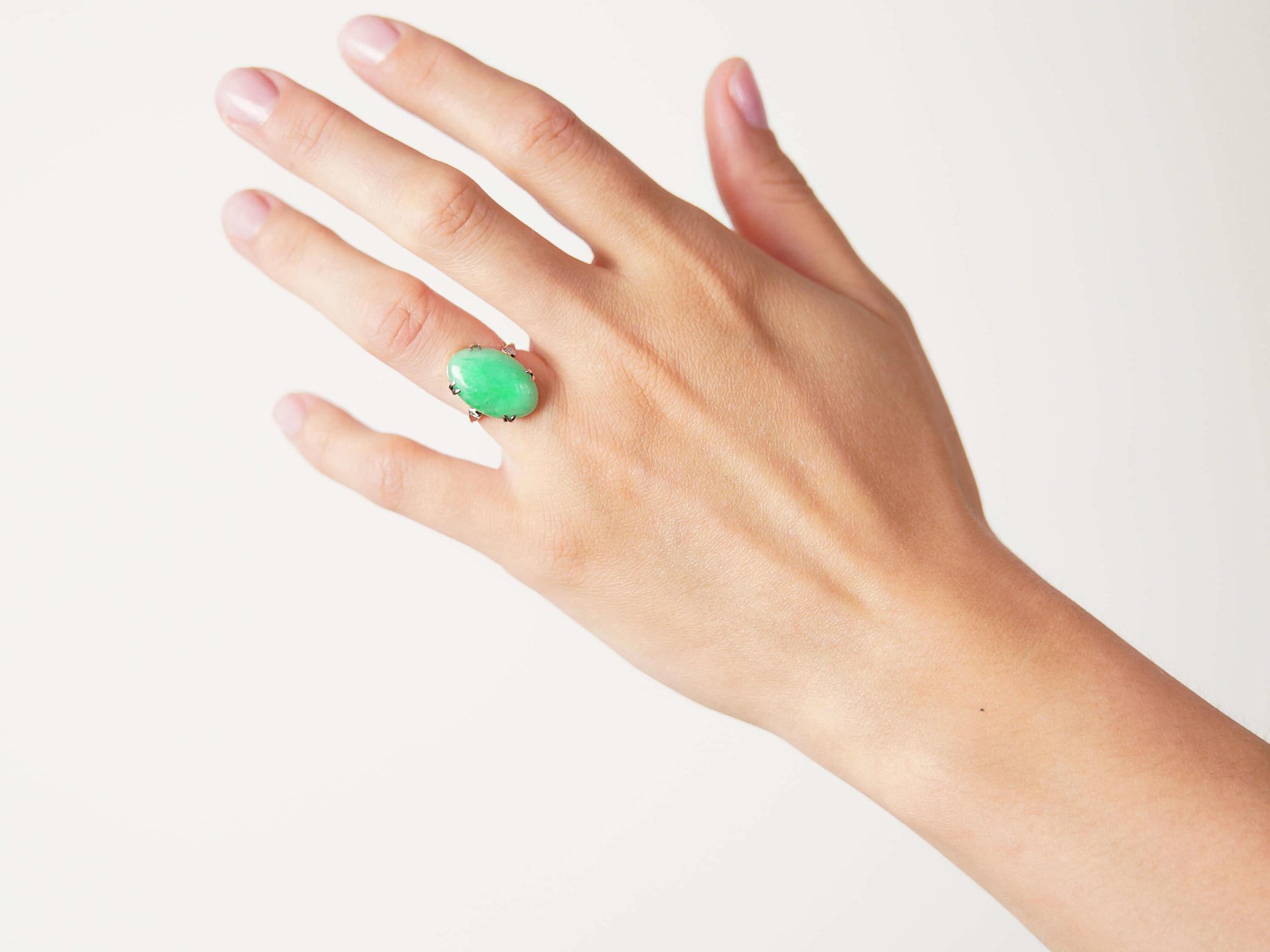 Art Deco 18ct Gold & Platinum Jade Ring with Diamond Set Shoulders