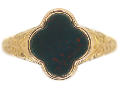 Victorian 15ct Gold & Bloodstone Quatrefoil Ring