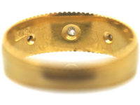 Late Victorian 18ct Gold Ring set with Three Diamonds