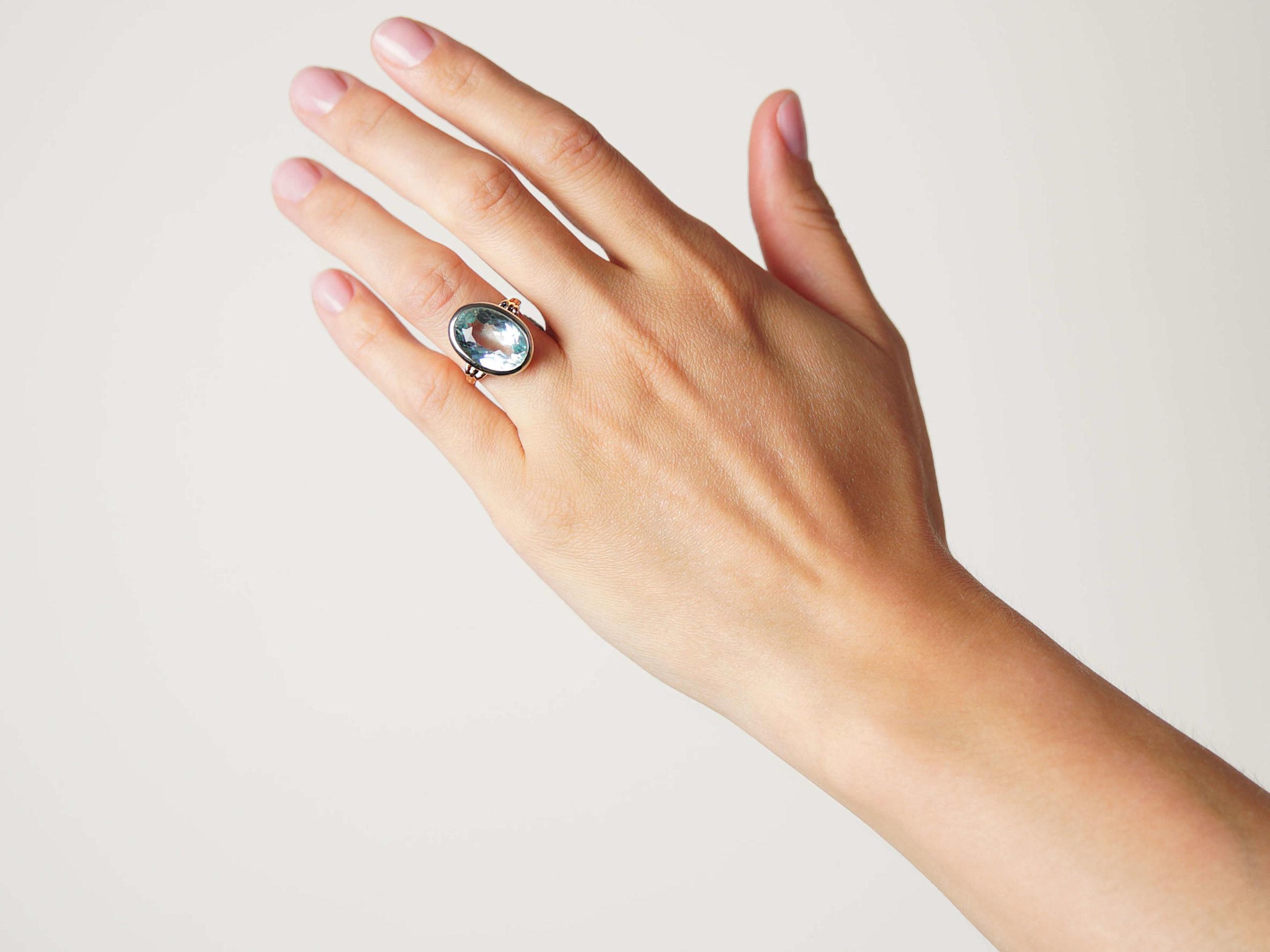 Retro 18ct White & Yellow Gold Large Aquamarine Ring