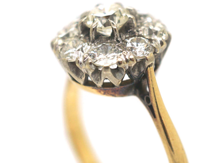 18ct Gold Large Diamond Cluster Ring