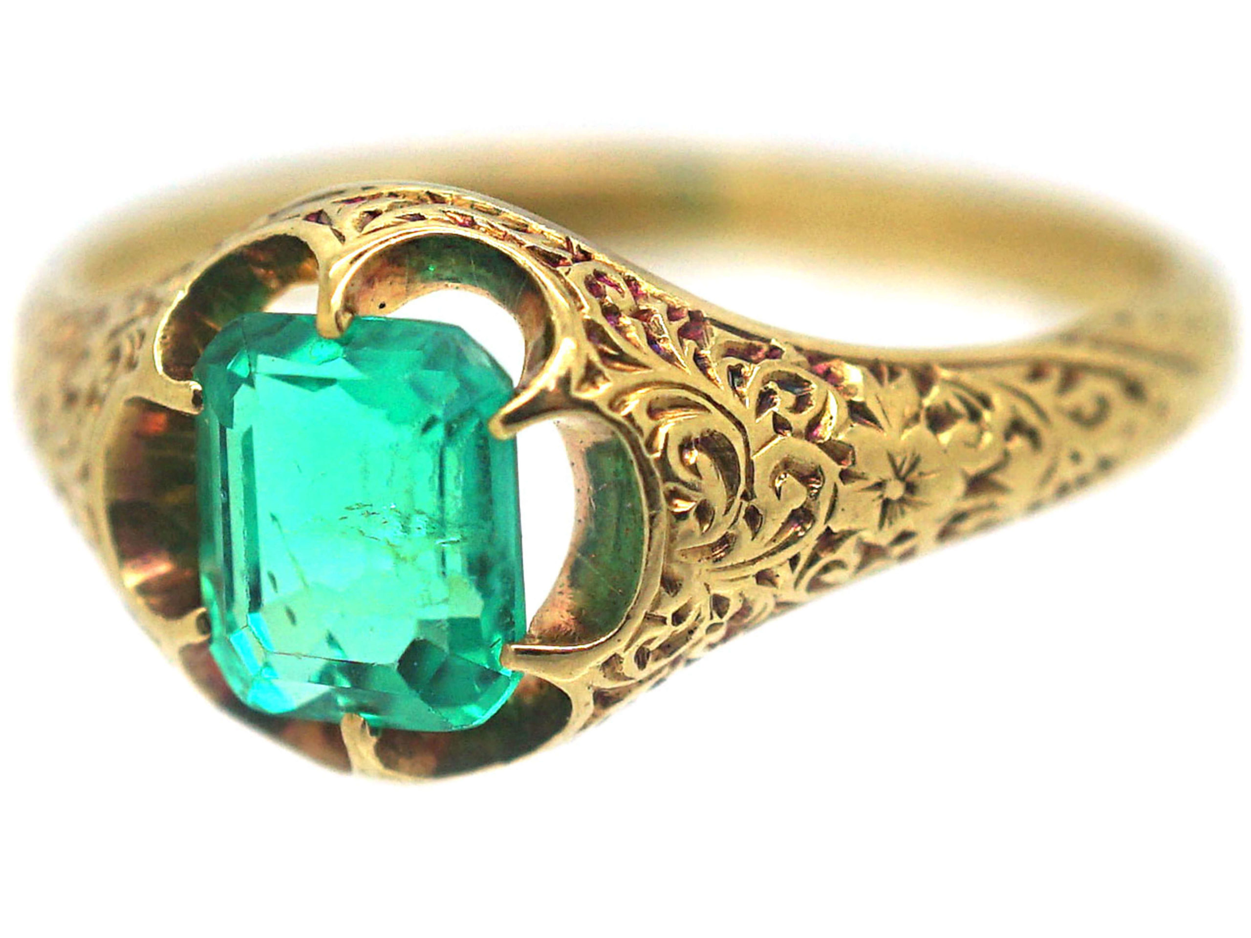 Victorian 18ct Gold & Emerald Ring