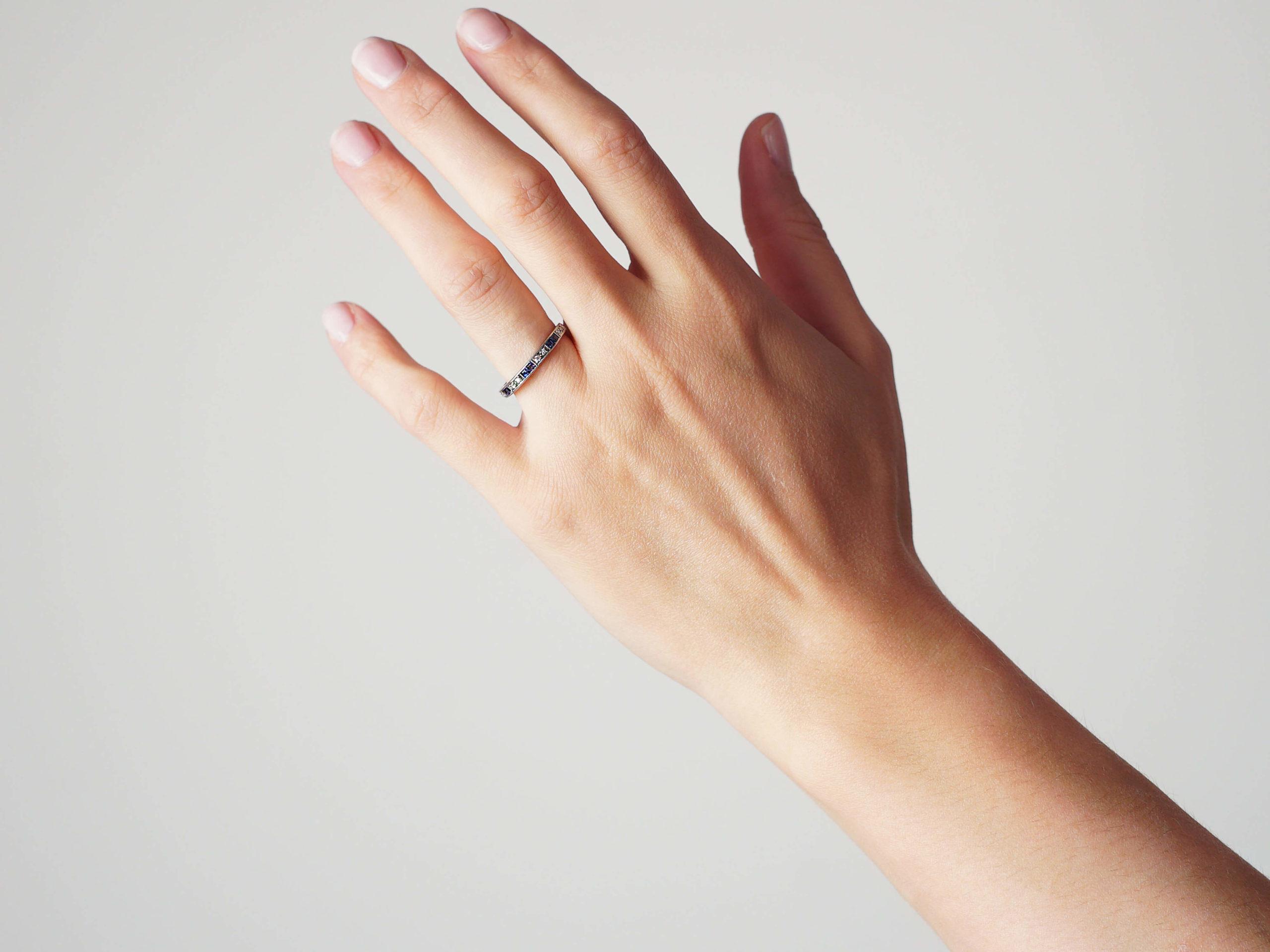 Art Deco 18ct White Gold Sapphire & Diamond Half Eternity Ring