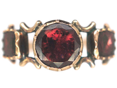 Georgian 9ct Gold Flat Cut Almandine Garnet Ring