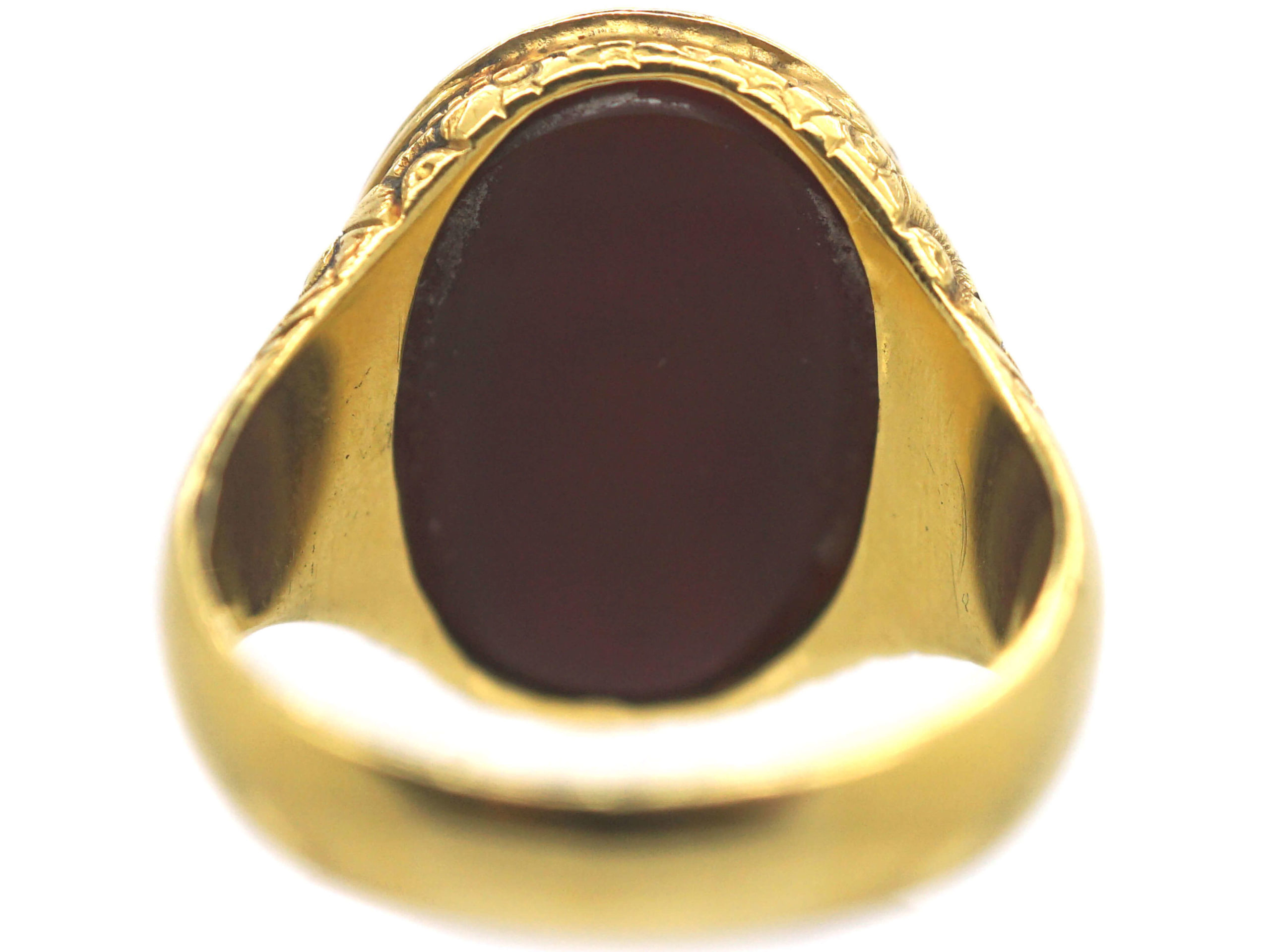 Victorian 18ct Gold Carnelian Intaglio of a Crest Signet Ring