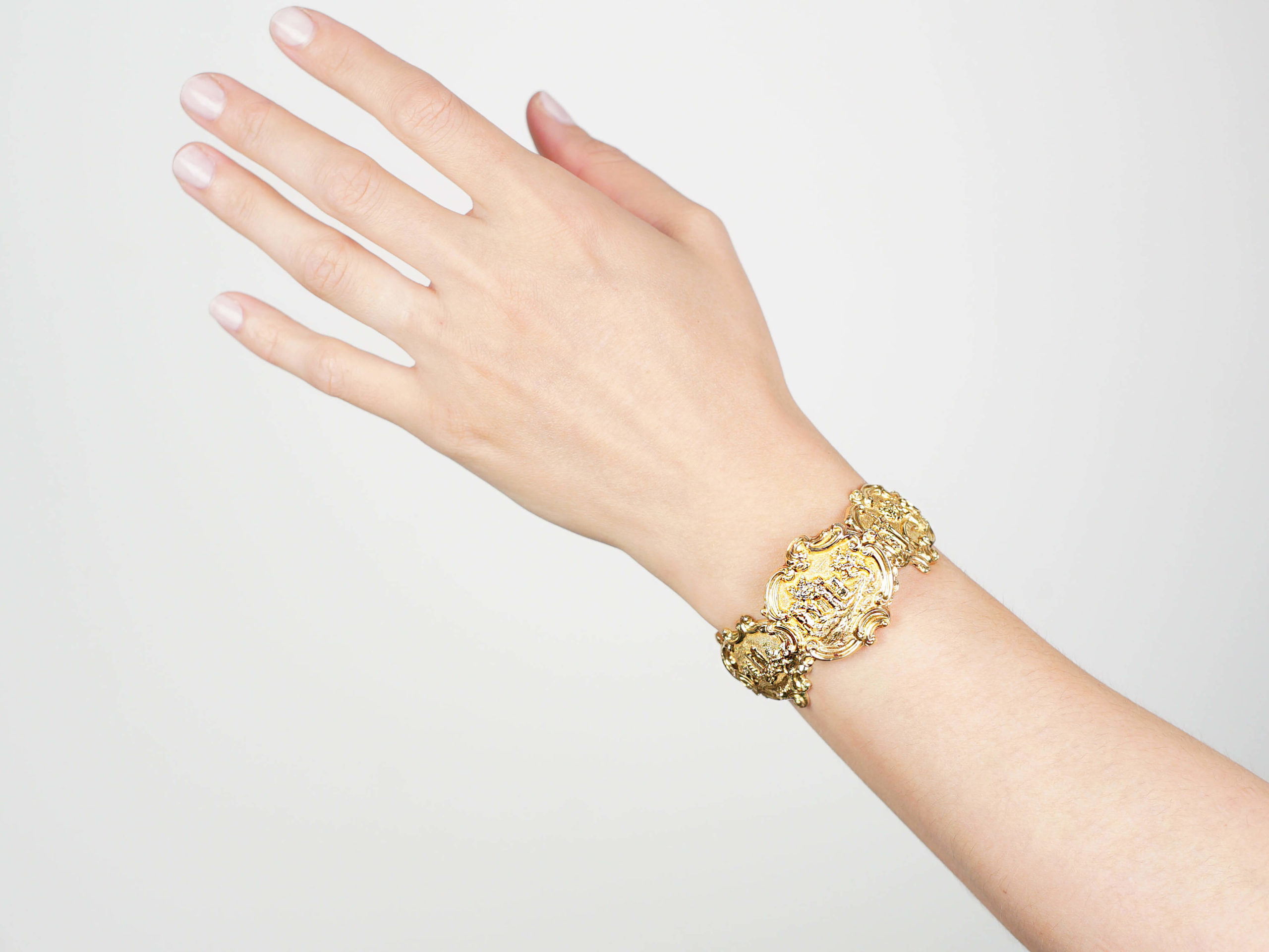 Georgian 18ct Gold Rococo Bracelet