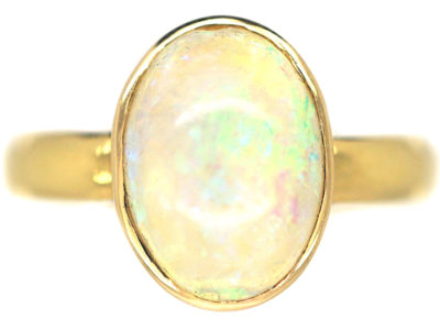 Art Deco 18ct Gold Ring set with an Opal