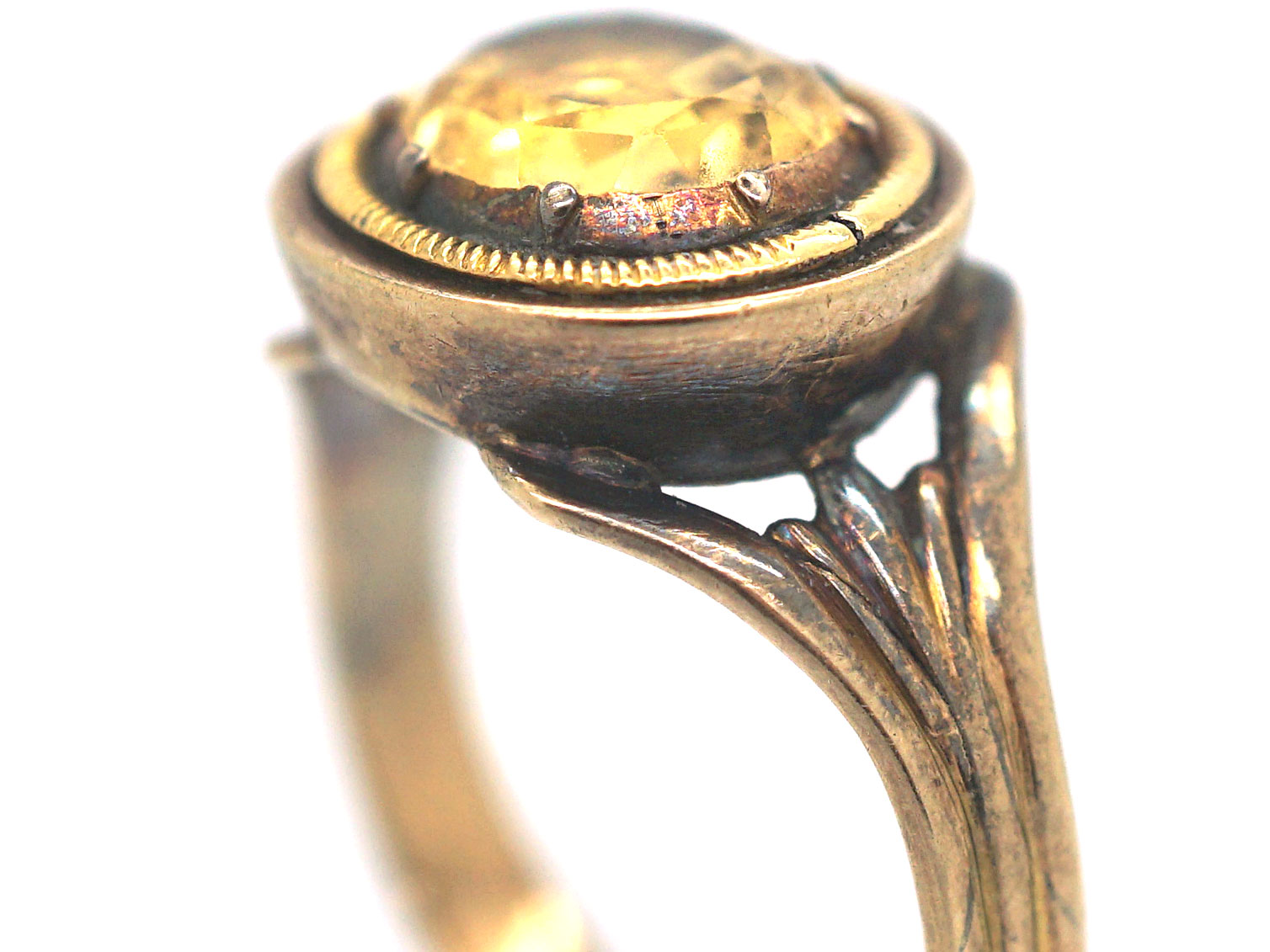 Georgian 15ct Gold Ring set with a Topaz