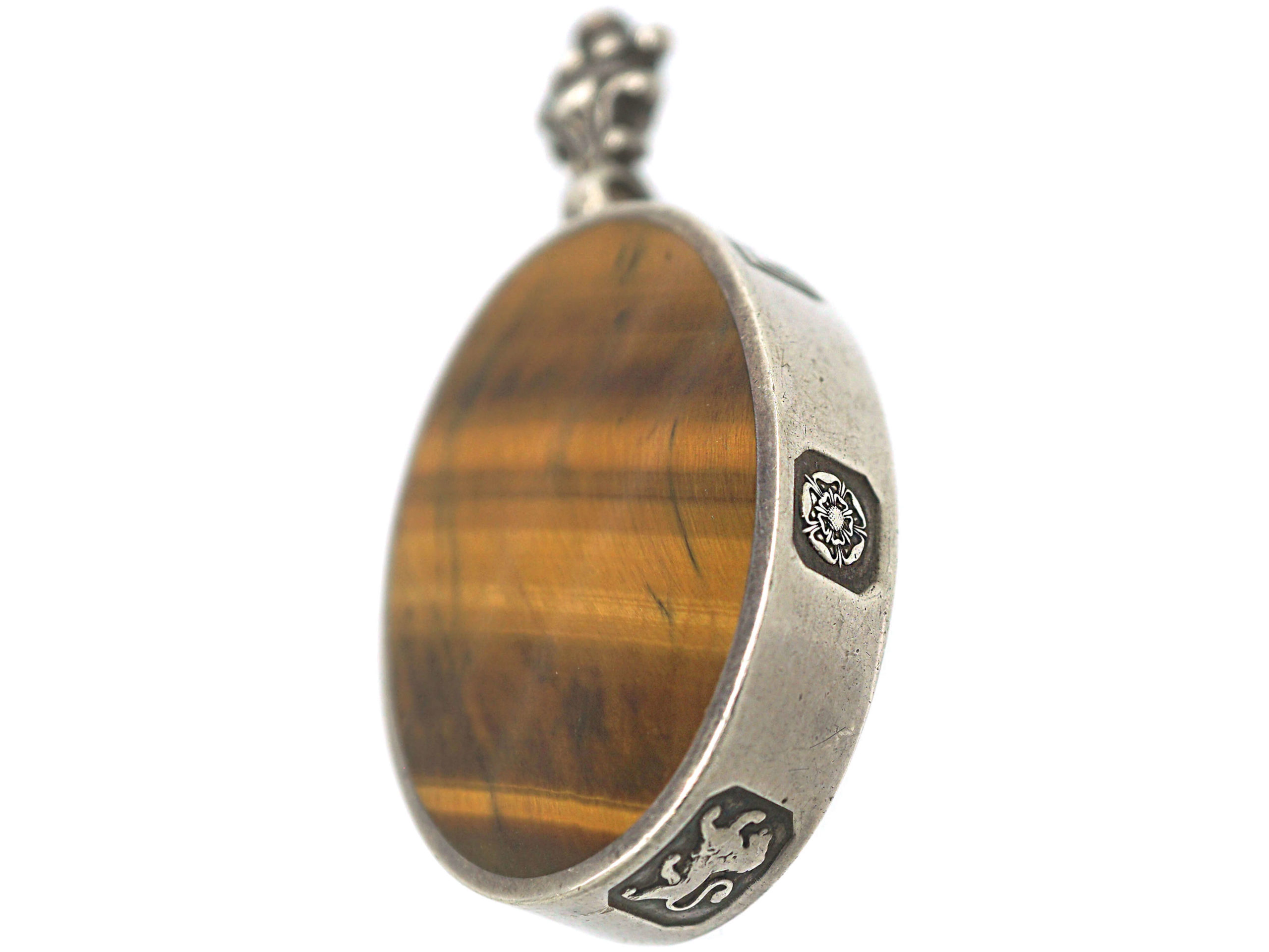 Silver Double Sided Queen's Silver Jubilee Pendant With Tiger's Eye & Agate