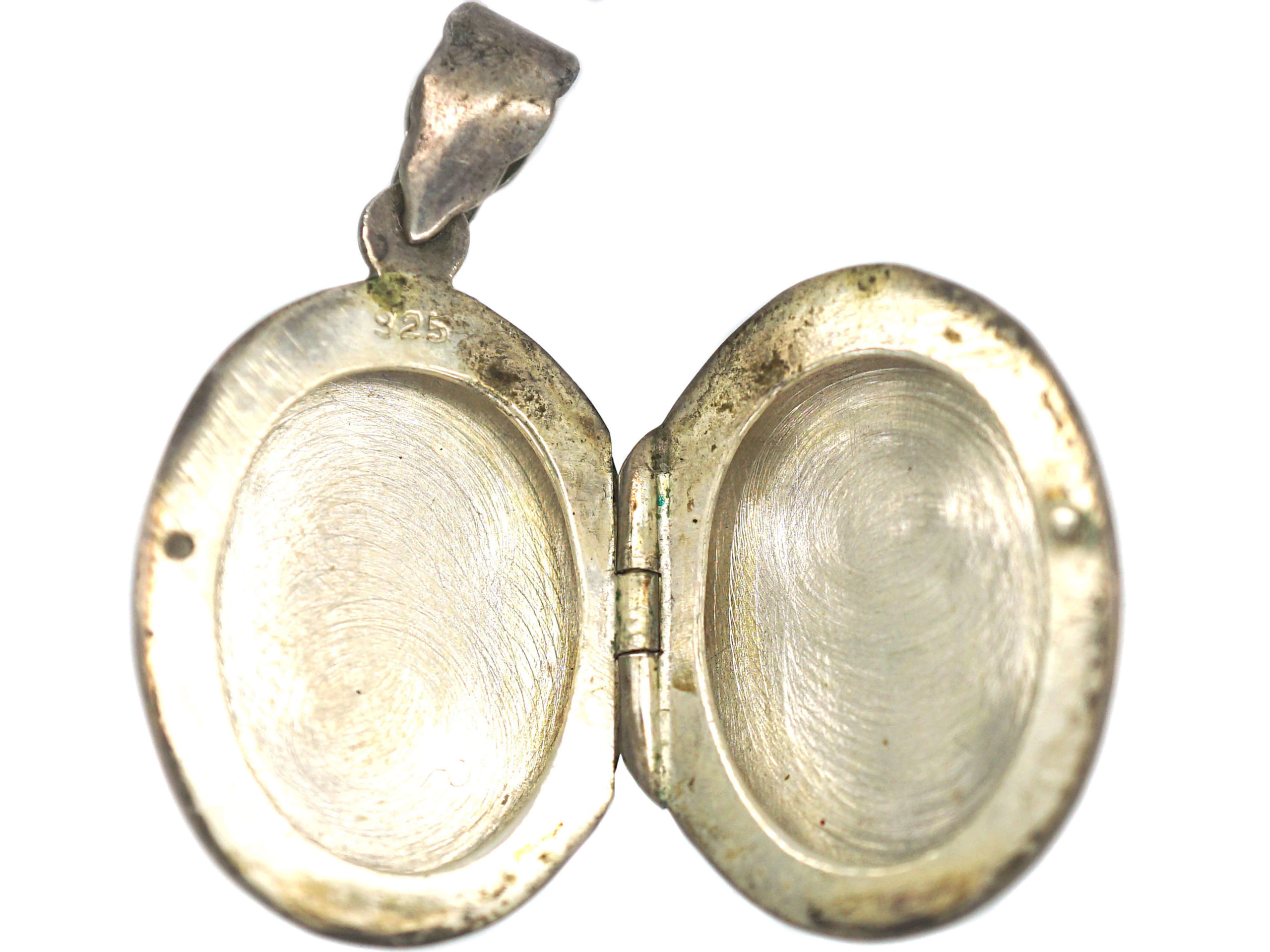Silver Oval Engraved Locket