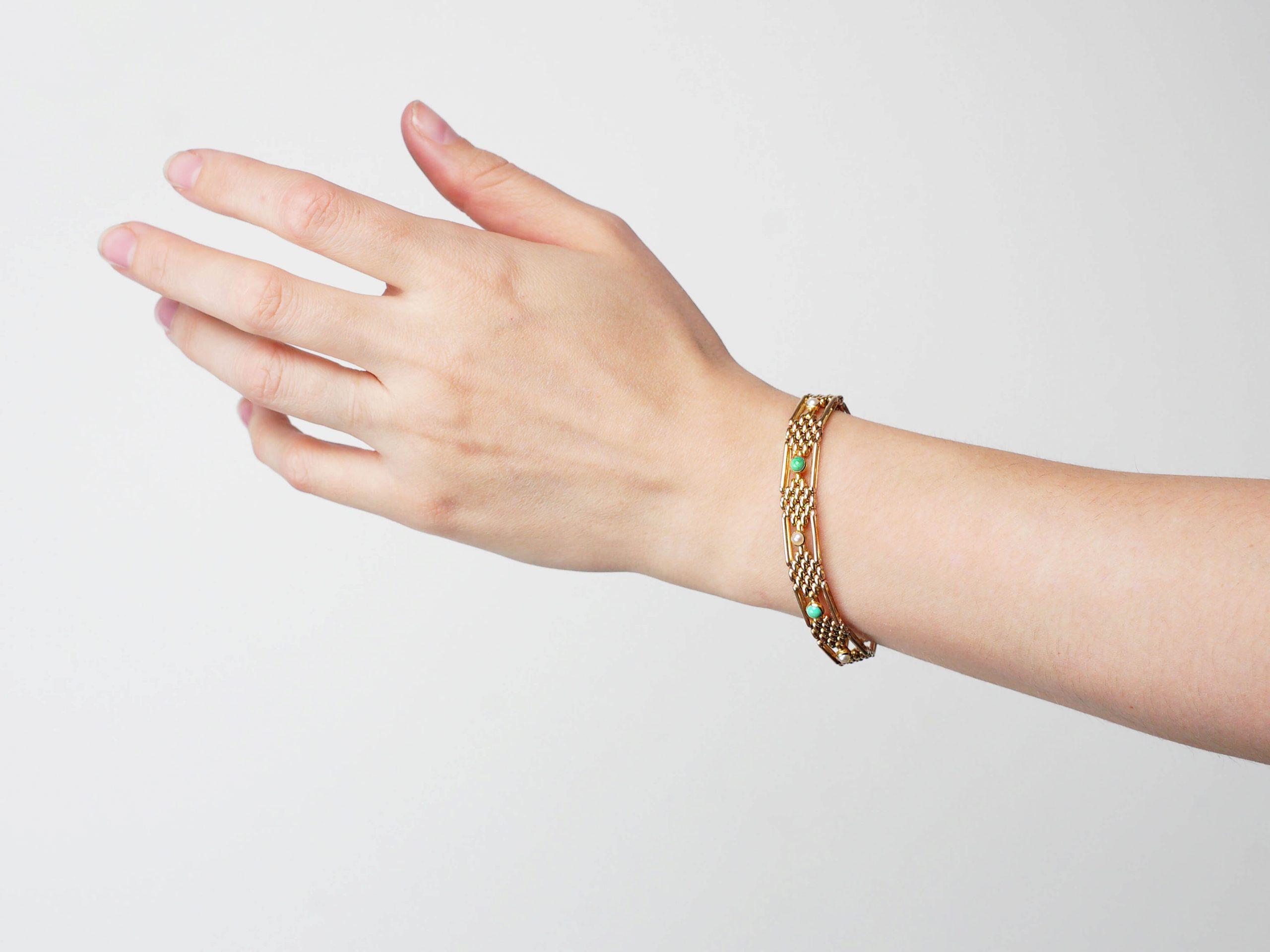 Edwardian 15ct Gold Bracelet set with Turquoise & Natural Split Pearls