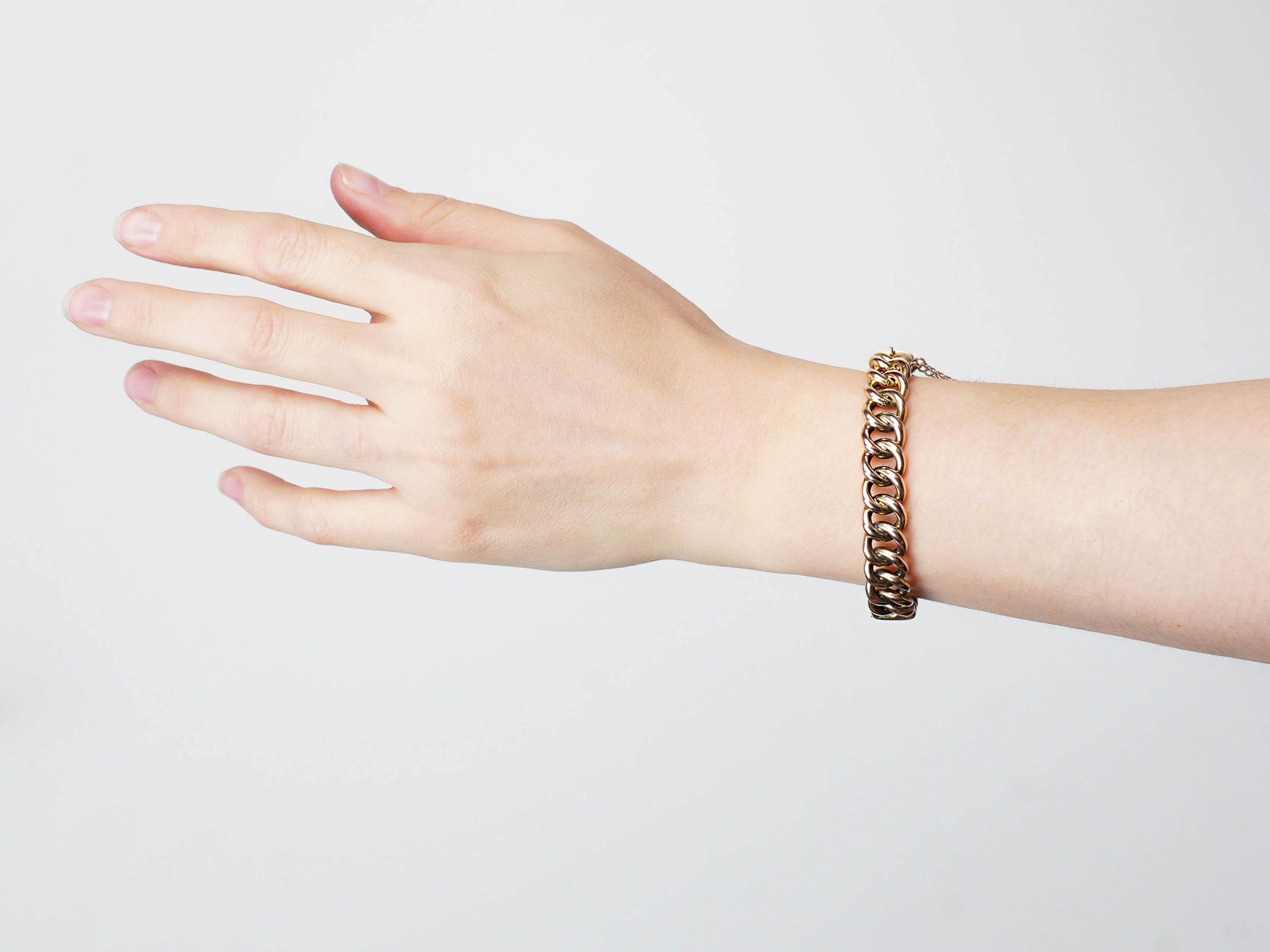 Edwardian 15ct Gold Coiled Curb Link Bangle