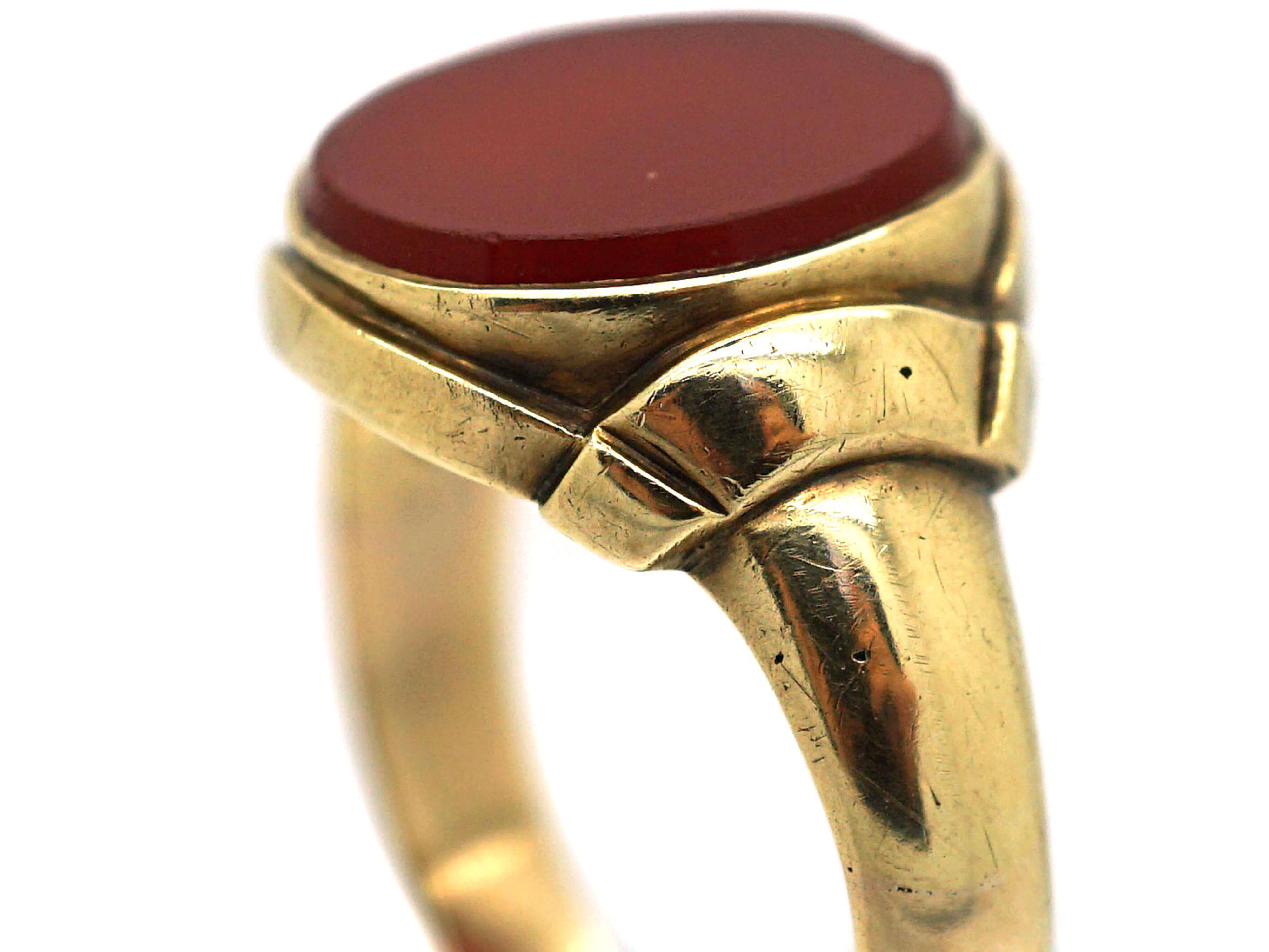 Victorian 9ct Gold & Carnelian Signet Ring