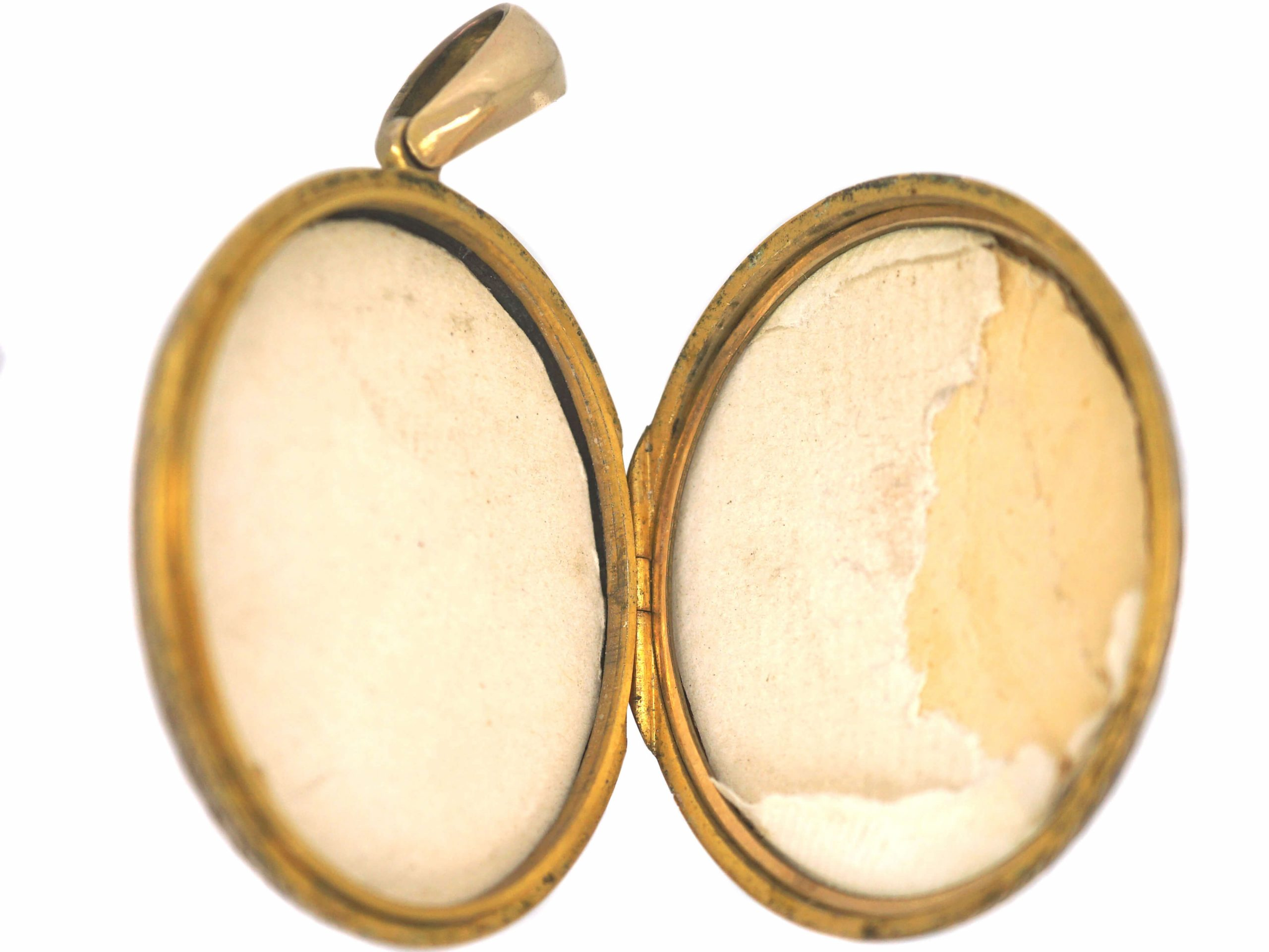 Large Victorian 15ct Gold Oval Engraved Locket