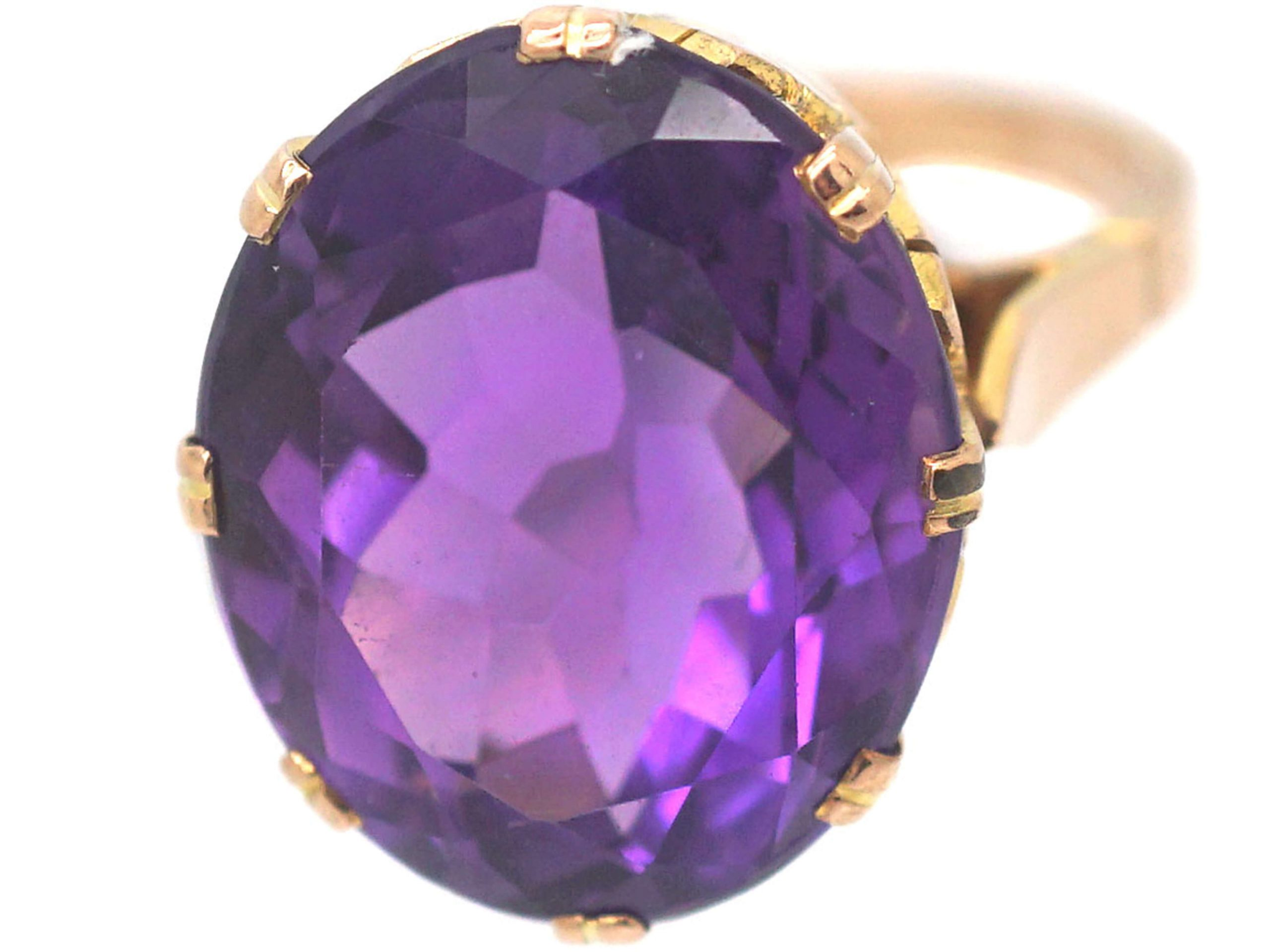 Retro 9ct Gold & Large Amethyst Ring with Ornate Gallery