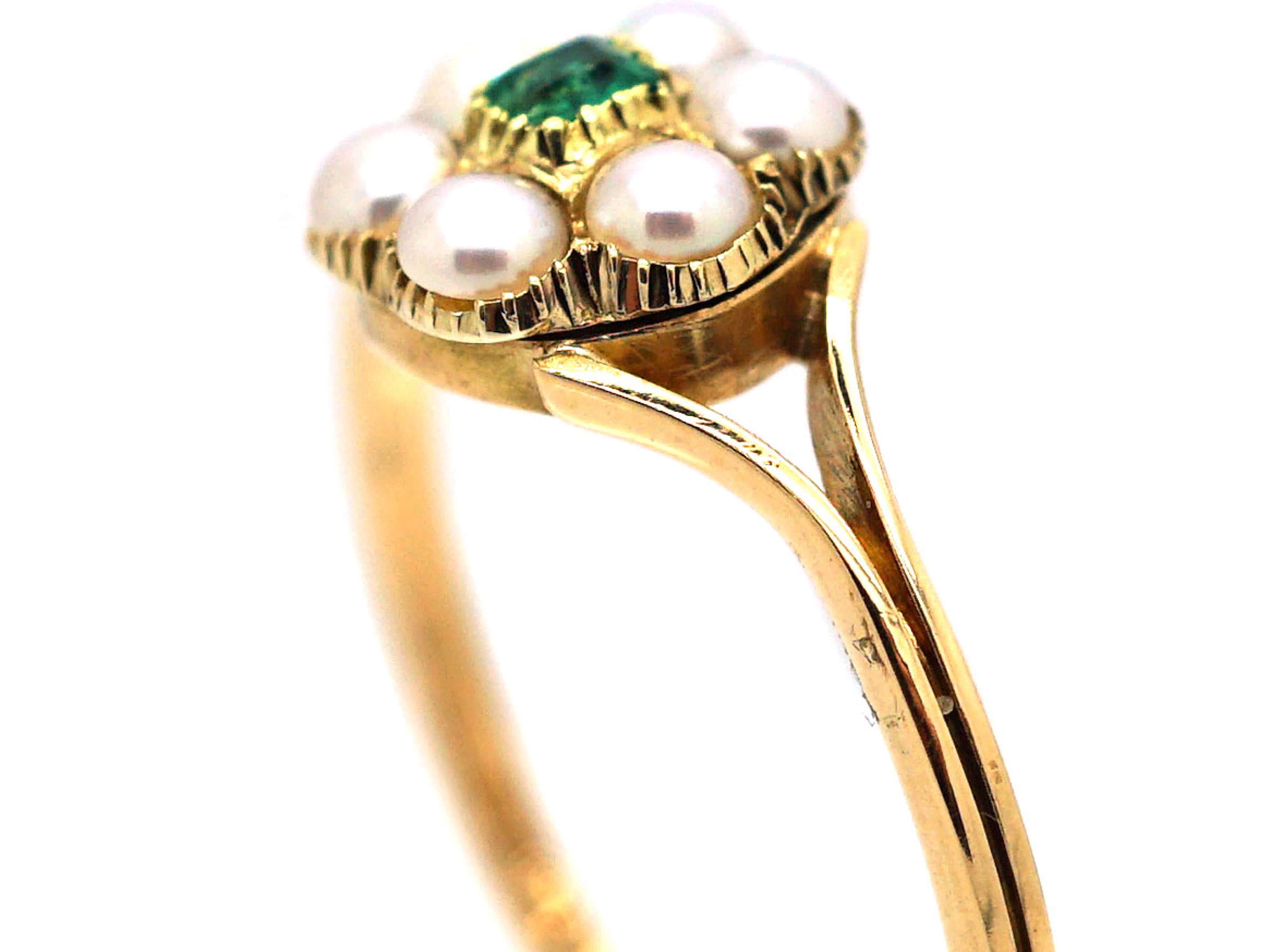 Victorian 18ct Gold Flower Cluster Ring set with an Emerald & Natural Split Pearls