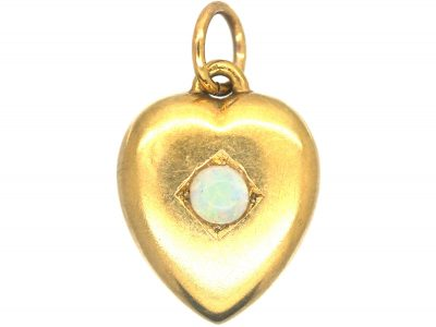 Edwardian 15ct Gold Heart Pendant set with an Opal