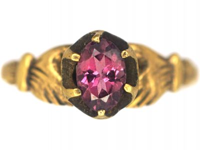 Regency 18ct Gold Fede Ring set with a Garnet with a Hand on Either Side