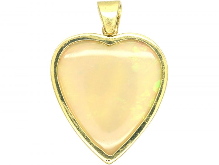 15ct Gold Heart Shaped Pendant set with an Opal