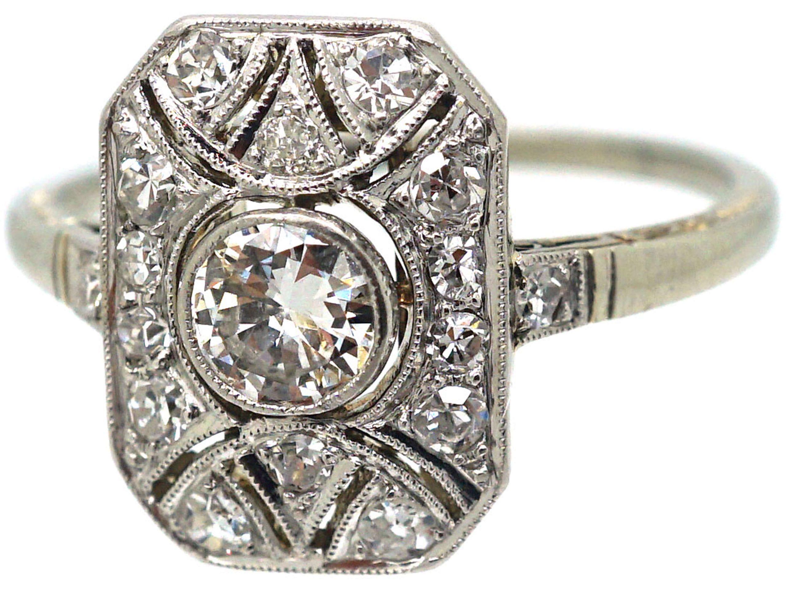 Art Deco 18ct White Gold Rectangular Shaped Ring set with Diamonds