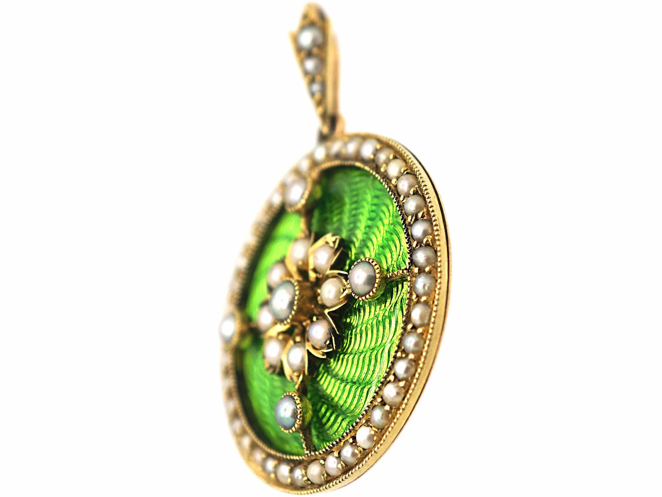 Edwardian 15ct Gold & Apple Green Enamel Round Pendant set with Natural Split Pearls