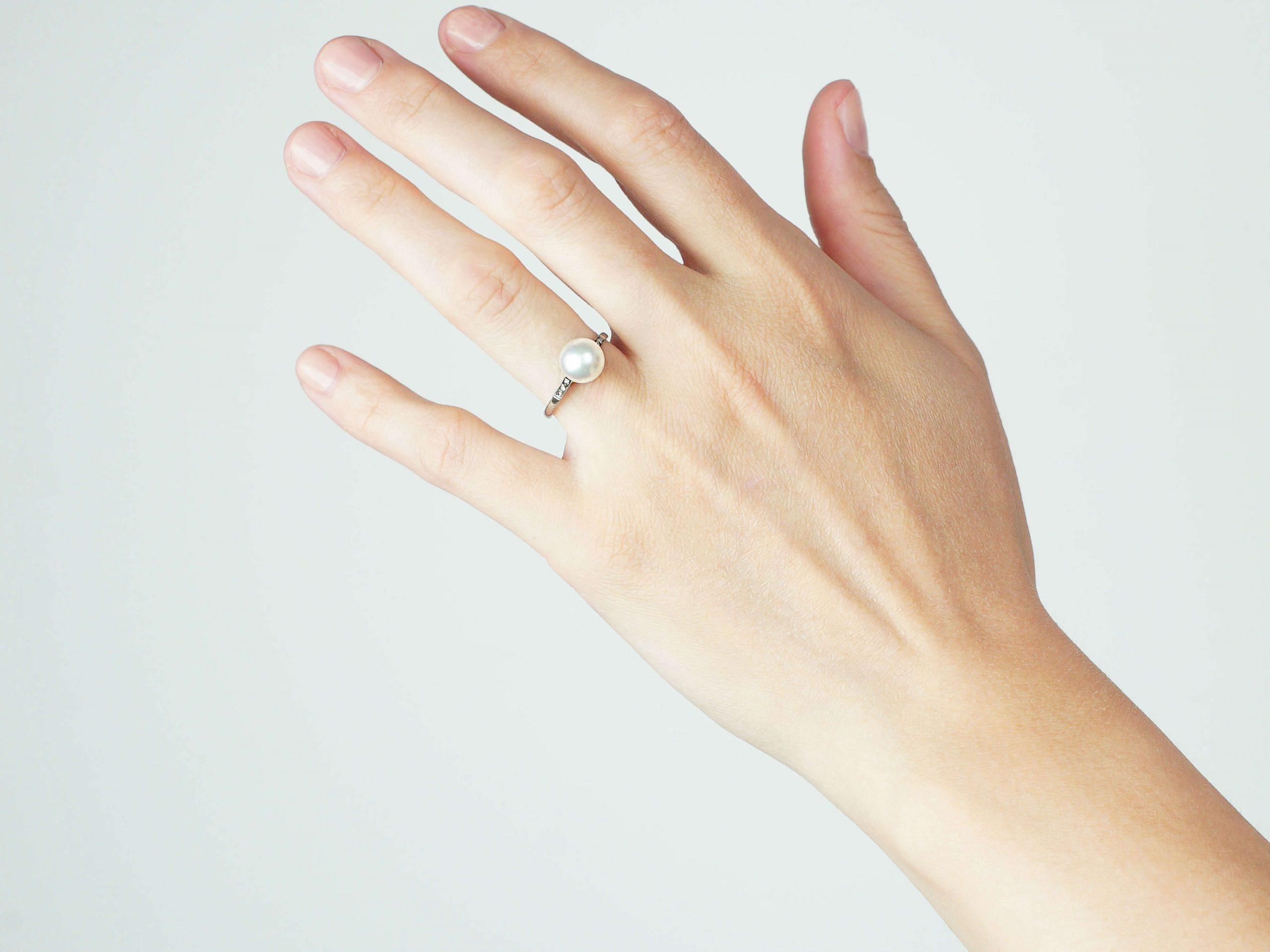 Art Deco Platinum, Cultured Pearl Ring with Rose Diamond Shoulders