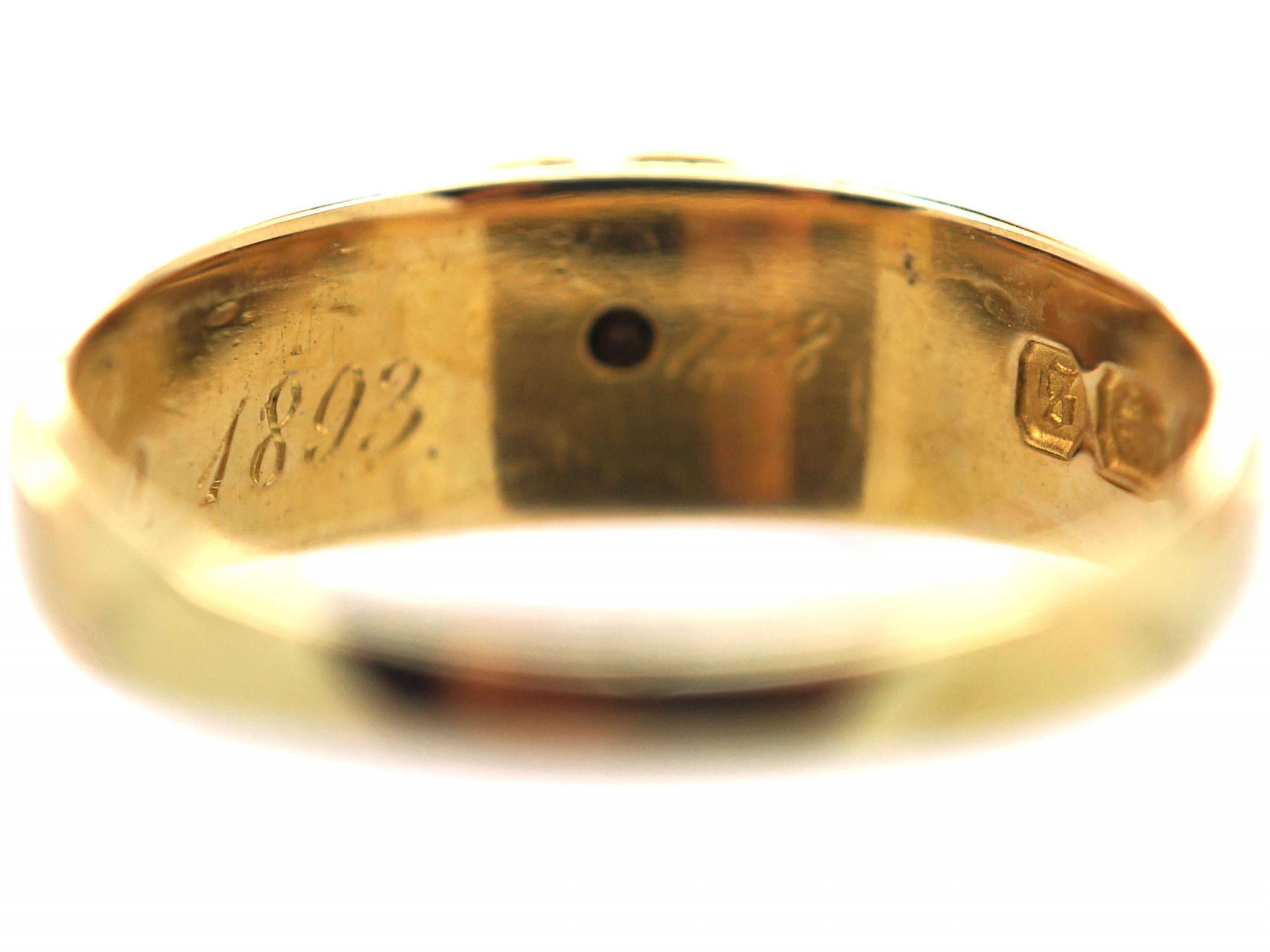Victorian 18ct Gold Ring Spelling Mizpah with a Heart & Diamond Motif