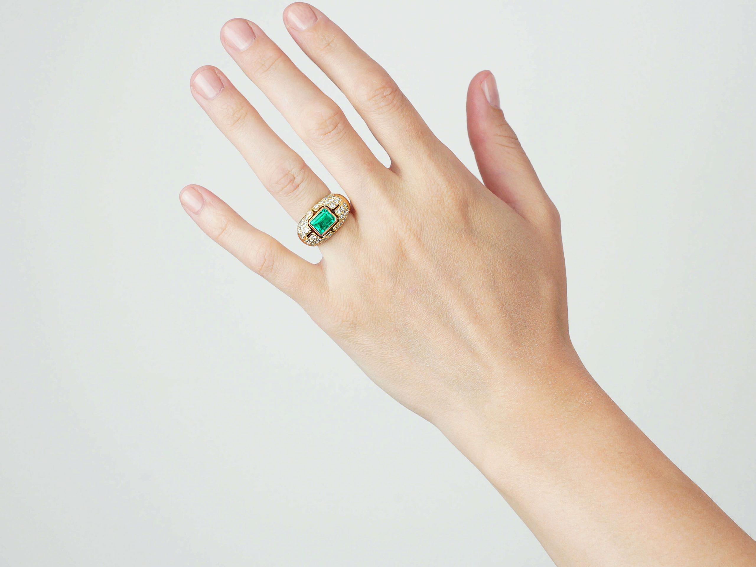 18ct Gold Emerald & Diamond Trombino Ring